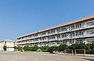 朝霞第三中学校 約1,140m(徒歩15分)