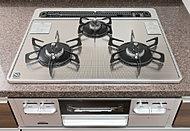 左右どちらのバーナーも強火から弱火まで自由自在。炒めものから煮物まで様々な調理にも対応できます。