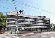 飯塚市役所 約740m(徒歩10分)