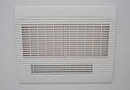 入浴後の換気や乾燥に。寒い時期には入浴前の暖房、雨の日には洗濯物の乾燥にも役立ちます。