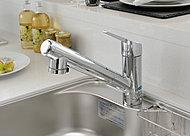 蛇口部分に浄水器が内蔵されており、いつでも清潔でおいしい水が楽しめます。