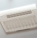 入浴後の換気や衣類の乾燥に便利。夏には涼風機能。冬には暖房機能が役に立ちます。