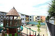 霧ケ丘幼稚園 約80m(徒歩1分)