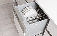 清潔な温風で乾燥させる乾燥専用ヒーター付きで、低騒音設計、省エネ対応の食器洗い乾燥機を採用。
