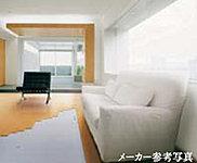 空気を汚さずホコリが立ちにくい、クリーンで快適なガス温水床暖房です。(LDのみ)