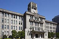 京都市役所  約590m