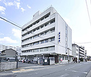 西京病院 約590m(徒歩8分)