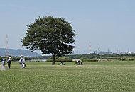 淀川河川公園 約1,250m(徒歩16分)