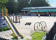 神原保育園 約400m(徒歩5分)