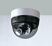 人の出入りの多い共用部分に5台の防犯カメラを設置し、管理室でモニター自動録画します。(リース対応)