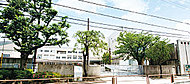 世田谷区立砧南小学校 約530m(徒歩7分)