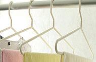 雨の日や夜間の洗濯物の乾燥に便利な浴室暖房換気乾燥機を設置。浴室の防カビにも効果的です。