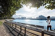 京浜運河緑道公園 約1,040m(徒歩13分)