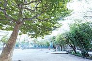 松葉公園 約40m(徒歩1分)