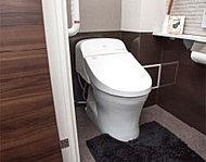 脱臭機能付の暖房洗浄便座を標準装備。衛生・健康面に配慮した機能が充実しています。