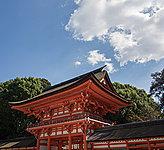 下鴨神社 A:約60m(徒歩1分)B:約40m(徒歩1分)