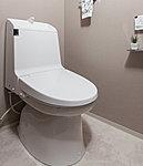 エコロジーでエコノミー。大切な水をムダなく賢く節約します。大洗浄5L、小洗浄3.8Lの「超節水ECO5トイレ」。