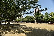 北本町第一公園 約190m(徒歩3分)