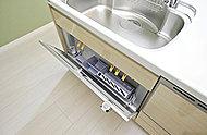 ポケット収納には、包丁を収納できます。必要なときにサッと使えるので、作業がスピーディーになり、手際よく調理できます。