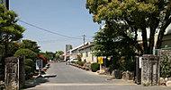 朝日丘中学校 約510m(徒歩7分)