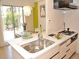 美しさと機能性に優れたキッチン。