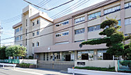 大瀬小学校 約1,110m(徒歩14分)
