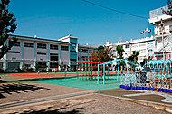 西小岩小学校 約170m(徒歩3分)