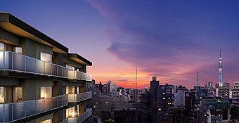 東京メトロ日比谷線「三ノ輪」駅より徒歩9分、JR常磐線「三河島」駅より徒歩9分、4駅7路線利用可能。