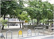 修徳公園 約250m(徒歩4分)