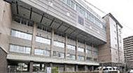 市立京都御池中学校 約240m(徒歩3分)