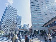 御茶ノ水駅前 約680m(徒歩9分)