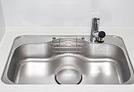 大きなお鍋も洗える大型シンクを採用。水の跳ね返り音も減少させる低騒音仕様です。