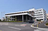ふじみ野市役所 約580m(徒歩8分)