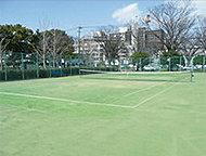 旭町テニスコート 約80m(徒歩1分)