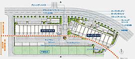 第一種低層住居専用地域が広がる南面ワイドフロンテージの敷地を活かし、2棟構成の住棟を明るい南・南西向きにプランニングしました。「ウェルカムツリー」、「家庭菜園」、「自走式駐車場」など、ゆとりあるランドスケープならではの共用スペースも設置しています。