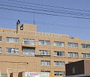 勤医協札幌西区病院 約740m(徒歩10分)