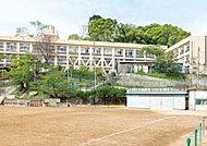 市立妙法寺小学校 約560m(徒歩7分)