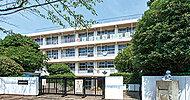 実花小学校 約360m(徒歩5分)