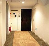 P波(初期微動)を感知するとエレベーターは最寄階に停止します。