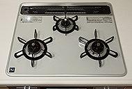 デザインも美しいハイパーガラスコートプレート。汚れもサッと拭き取ることができ、清潔なキッチンを演出します。