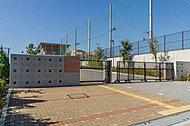 小山中学校 約2,160m(徒歩27分)