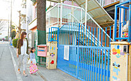 西三田幼稚園 約570m(徒歩8分)