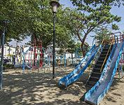 本六児童遊園 約50m(徒歩1分)