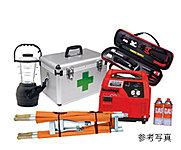 共用部の防災倉庫には、万一を想定して防災用品を備えています。