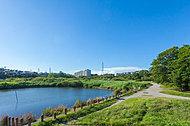 長津川親水公園 約650m(徒歩9分)