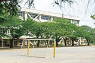 東村山市立東萩山小学校 約440m(徒歩6分)