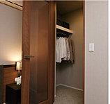 大容量なので季節家電やかさばる荷物も収納でき、便利に使えるスペースです。(全戸設置しております。)