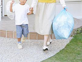 敷地内のゴミ置場に24時間ゴミ出し可能なので、仕事帰りのあと、朝の早いときなども、時間を気にせず利用することができます。(イメージ写真)