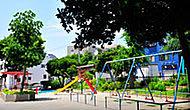 飯山満南公園 約390m(徒歩5分)