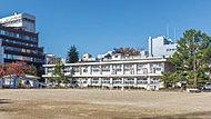 市立福島第一小学校 約190m(徒歩3分)